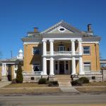 MI Ludington Cartier Mansion B&B