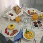 Mai gustato colazioni cosi gustose, ricche e di qualitá. Preparate con amore da Evgeniae servite