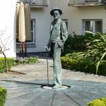 Sculpture of James Joyce in the garden courtyard