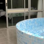 Private Spa Pool in Spa Rooms