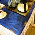 So sah 6 Tage lang unser Kaffee / Teetisch aus