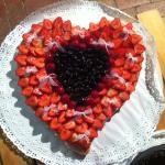 Crostata di fragole e frutti di bosco