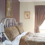 2nd floor Sunshine suite bedroom