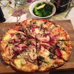 Friday Night Pizza Special at Zomerlust - Delicious!!