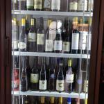 Vasta scelta di vini nazionali ed internazionali.