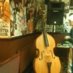love this pub... great for music, great for food. I don't drink beer so can't help there :-). It
