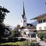 Hotel im Dorf-Zentrum von Stumm
