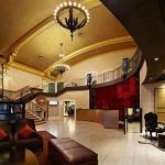 羅伊斯酒店