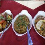 poulet vindaloo, aubergines, poisson curry