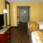 Guesthouse Inn & Suites at Vanderbilt