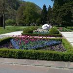 Park vor dem Eingang zum Grand Ressort Bad Ragaz