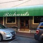 Richards Resturant and Lounge