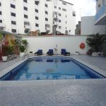 Photo de Apartamentos Commodore Bay Club