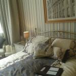 bed / luxury room 4