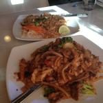 Pad Kee Mao and Pad Thai