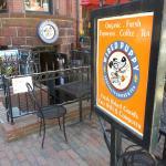 Doesn't offer Boston cream pie :-(