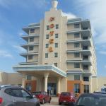 Exterior view, South Beach Casino and Resort  |  One Ocean Drive, Scanterbury, Manitoba R0E 1W0,