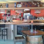 côté bar a vins et tapas chic