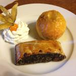 Poppy seed strudel with baked apple