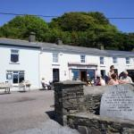 Hayes Bar Glandore