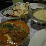 Curry, rice and naan