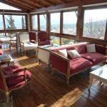 Sittingroom - great views