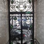 Вход в жилую зону отеля (вид изнутри)