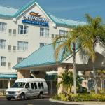 Baymont Airport Inn & Suites