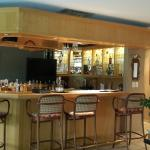 Bar - honesty bar service