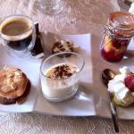 Café gourmand pour terminer le repas un régal pour les papilles