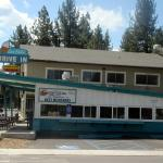 Sno-Flake Drive-In, South Lake Tahoe, Ca