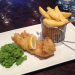 Berr battered fish n chips with pea puree and tartar sauce