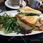 Cafe Creme Della Creme