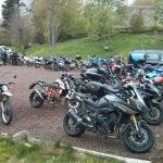Les 50 motos sur le parking