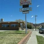 Foto SunGlow Motel and Family Restaurant