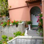 Entrance to Villa Maria Antionetta