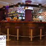 Glop's cocktails - bar