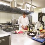 Warme keuken met heerlijke verse producten van lokale leveranciers