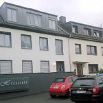Apartments with Hugo Villa
