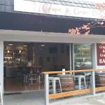 Grape & Grain Bar Foto