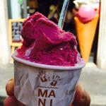 Mani gelateria Roma