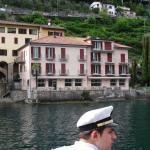Vista del Hotel Moosmann llegando en Battello desde Lugano centro
