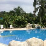Casa Verde Lodge has a recently renovated pool. Perfect temperature and gorgeous!