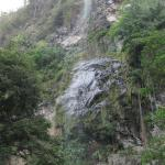 Maracas falls from the trail