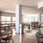 Cafetería abierta para todo el público