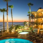 The Pacific Terrace Hotel located just steps from the ocean in Pacific Beach.