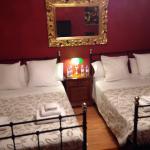 Nous avions  des chambres Sitjes. La  chambre propre très bien ordonnée , des petit déjeuners ex