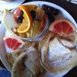 Frühstück Mediteran und Hony Super lecker, wie immer, und viel zu viel für 2 :)