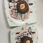 Moelleux au chocolat avec son coulis de grenadine