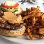 Wally Burger goodness